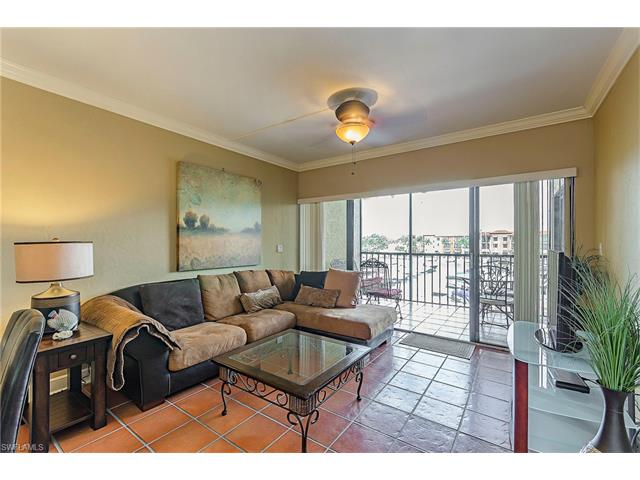 801 River Point Dr A-205, Naples, FL 34102