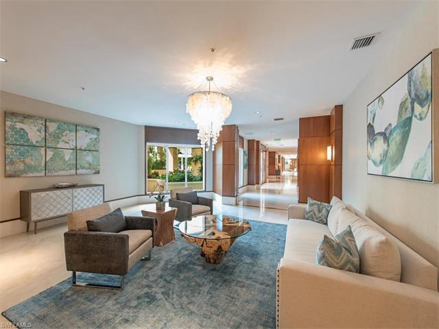 275 Indies Way 6, Naples, FL 34110