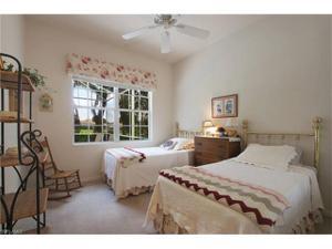 4314 Queen Elizabeth Way, Naples, FL 34119