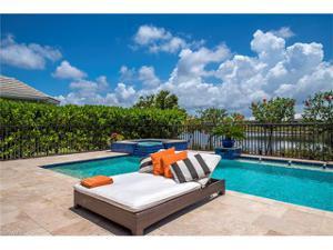 5072 Martinique Dr, Naples, FL 34113