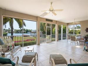 1830 4th St S, Naples, FL 34102