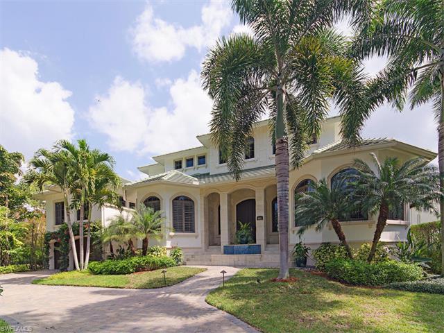 1851 5th St S, Naples, FL 34102