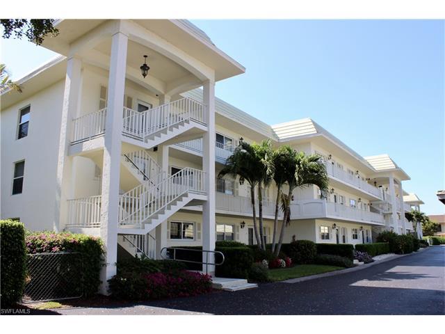 3055 Riviera Dr 301, Naples, FL 34103