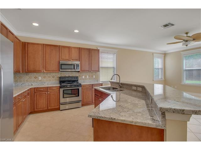 2346 Butterfly Palm Dr, Naples, FL 34119