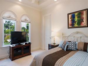 1560 Osprey Ave, Naples, FL 34102