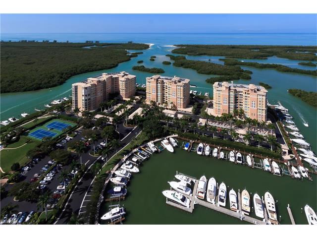 445 Dockside Dr 802, Naples, FL 34110