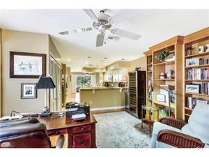 569 Park Shore Dr G-5, Naples, FL 34103