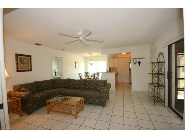 135 Clyburn Way E E-1, Marco Island, FL 34145