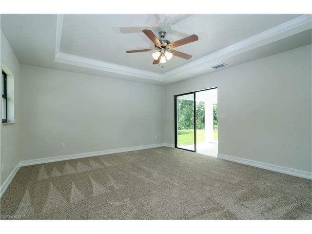 3218 12th St Sw, Lehigh Acres, FL 33976
