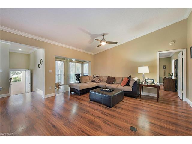 107 Tuscana Ct 405, Naples, FL 34119