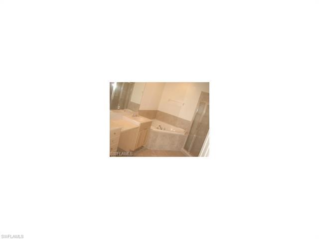 9201 Quartz Ln 101, Naples, FL 34120