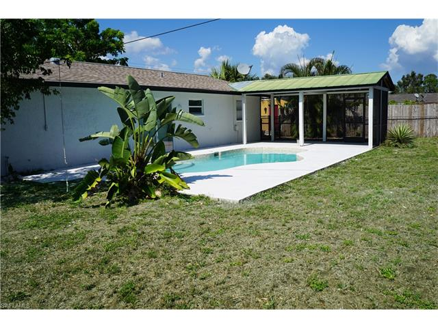 9104 Pineapple Rd, Fort Myers, FL 33967