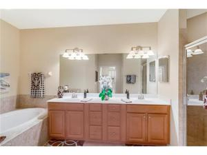 10626 Smokehouse Bay Dr 201, Naples, FL 34120