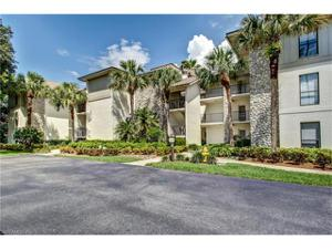 26 Cypress View Dr B-26, Naples, FL 34113