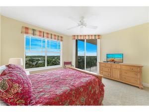 455 Cove Tower Dr 703, Naples, FL 34110