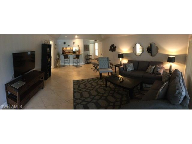 1833 Courtyard Way E-202, Naples, FL 34112