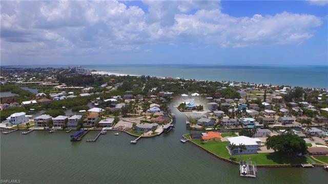 17 Pepita St, Fort Myers Beach, FL 33931