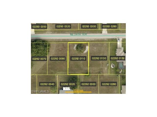 420 24th Ter, Cape Coral, FL 33909