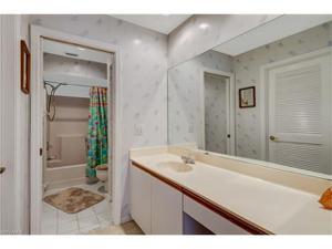 529 Mardel Dr 305, Naples, FL 34104