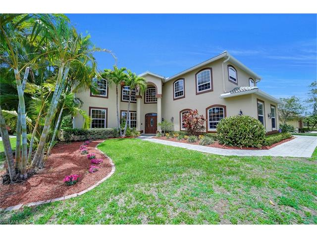 4897 Berkeley Dr, Naples, FL 34112