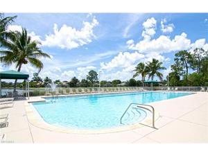 7590 Meadow Lakes Dr 3202, Naples, FL 34104