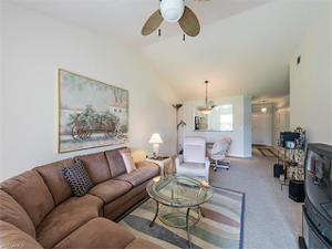1330 Derbyshire Ct E-202, Naples, FL 34116