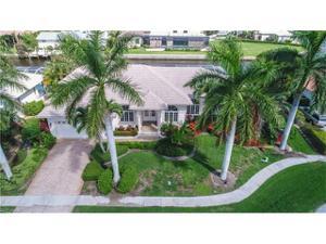 150 Peach Ct, Marco Island, FL 34145