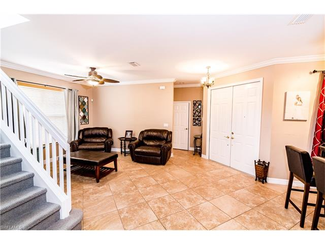 1663 Triangle Palm Ter, Naples, FL 34119