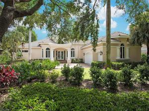 951 Barcarmil Way, Naples, FL 34110