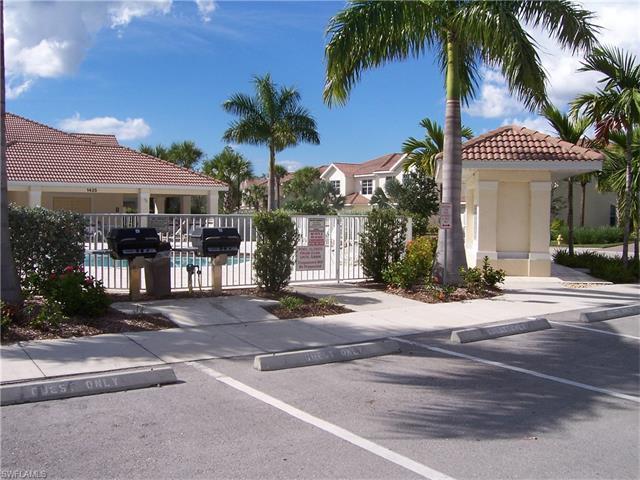 1295 Henley St 1206, Naples, FL 34105