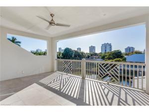 5135 Starfish Ave, Naples, FL 34103