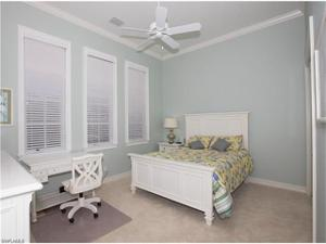 1940 Tarpon Rd, Naples, FL 34102