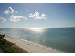 9517 Gulf Shore Dr 401, Naples, FL 34108