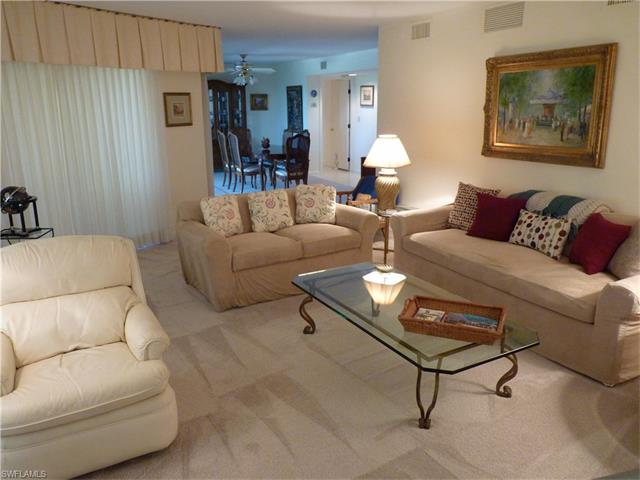 4451 Gulf Shore Blvd N 1004, Naples, FL 34103