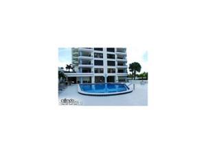 4451 Gulf Shore Blvd N 1004, Naples, FL 34103
