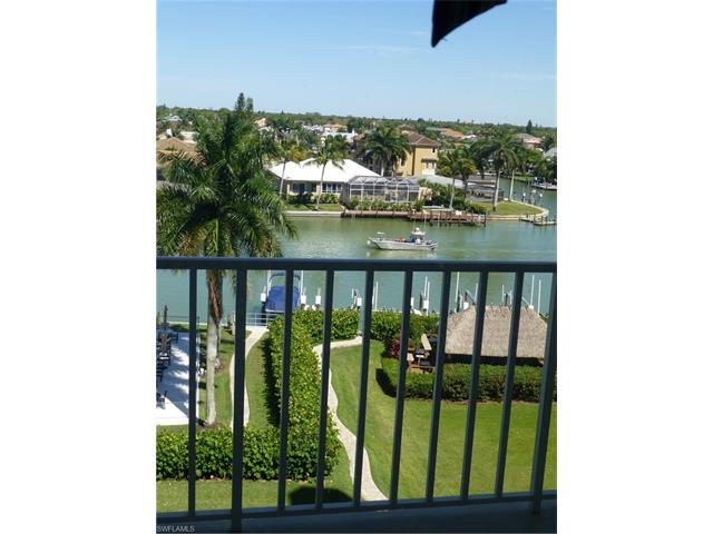 11116 Gulf Shore Dr B-502, Naples, FL 34108