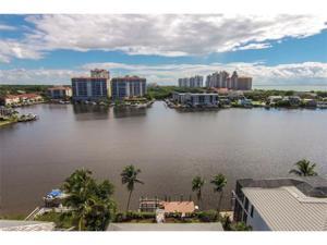 336 Oak Ave, Naples, FL 34108