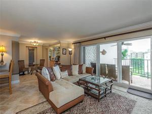 3951 Gulf Shore Blvd N 602, Naples, FL 34103