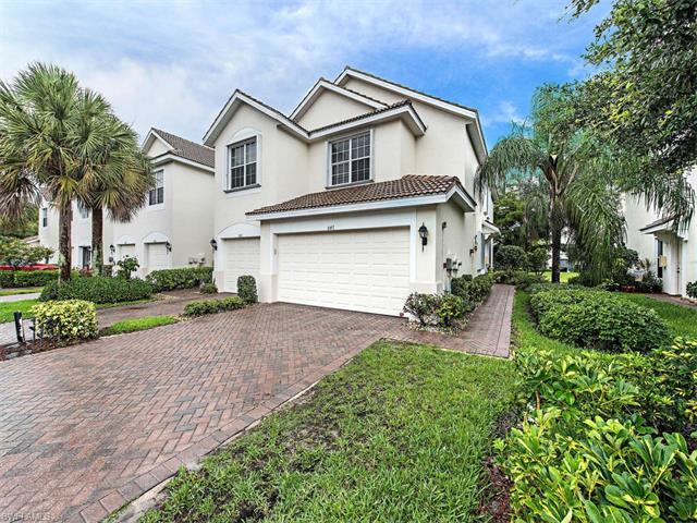 847 Hampton Cir 151, Naples, FL 34105