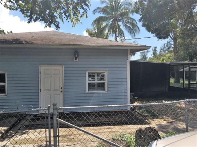 3200 Barrett Ave, Naples, FL 34112