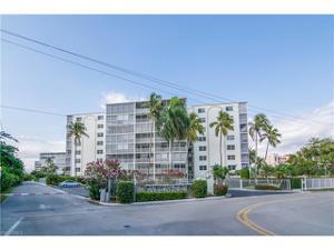 1 Bluebill Ave 203, Naples, FL 34108