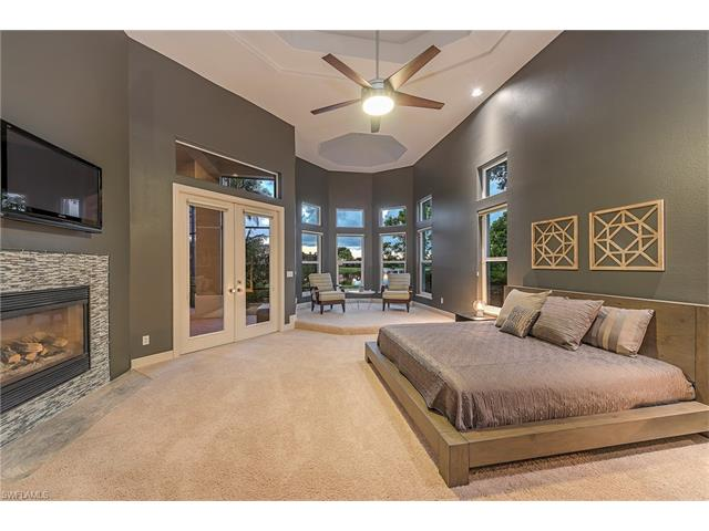 523 Terracina Way, Naples, FL 34119