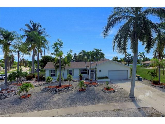 211 Kirkwood St, Marco Island, FL 34145