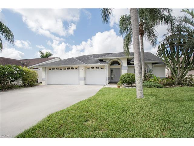 5230 Malvern Ct, Naples, FL 34112