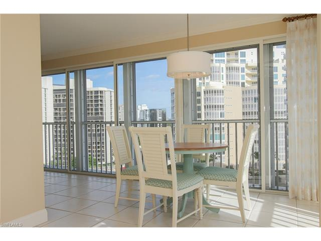 4401 Gulf Shore Blvd N 1106, Naples, FL 34103