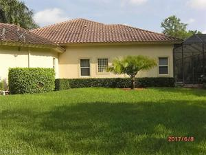7642 Palmer Ct, Naples, FL 34113