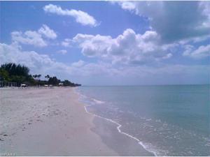 300 Dunes Blvd 103, Naples, FL 34110