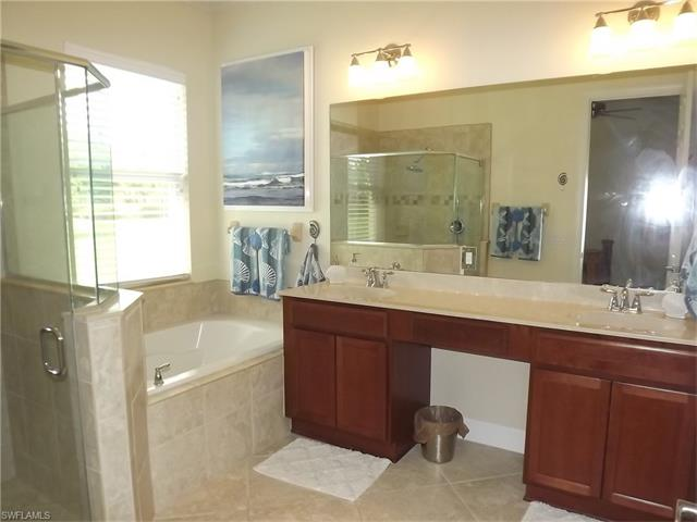 9070 Limestone Ln, Naples, FL 34120