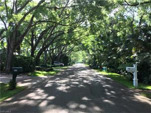 155 6th St N, Naples, FL 34102