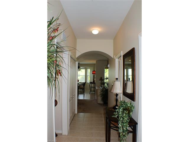 2690 Cypress Trace Cir 3231, Naples, FL 34119